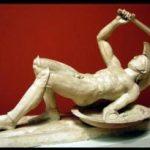 Τα-γλυπτά-του-Ναού-της-Αφαίας-1-300x205