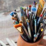 Brushes-in-Jar_400x300-400x300
